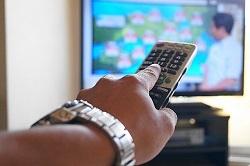 テレビ・スマホは睡眠の質を落とす