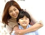 子供に愛情を伝える親