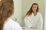 鏡の中の自分に話しかけるメタ認知