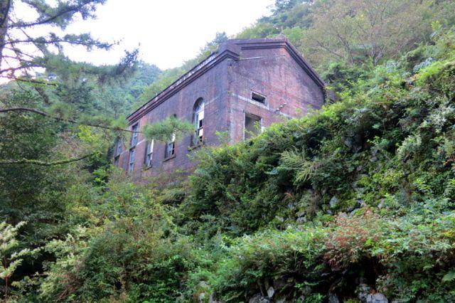旧第三変電所